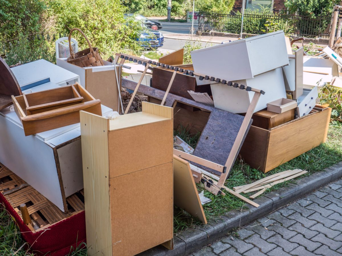 se débarrasser des vieux meubles lors du déménagement